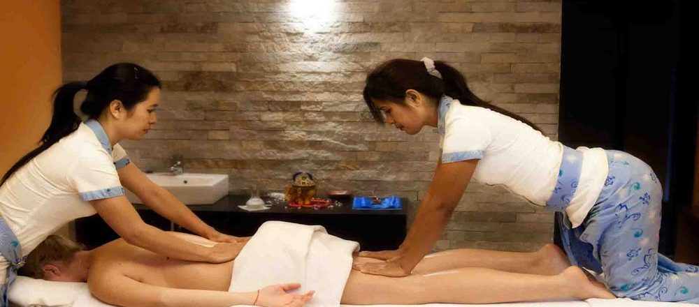 Sandwich Body to Body Massage in Mahipalpur Delhi at Geetanjali Spa
