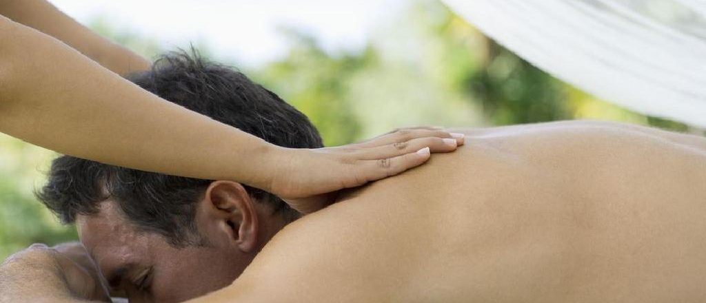 B2B Massage in Gurgaon by Female to Male